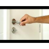 procuro por conserto de maçaneta de porta Mauá